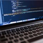 Le secteur informatique a besoin de profils bac +5,  mais pas seulement